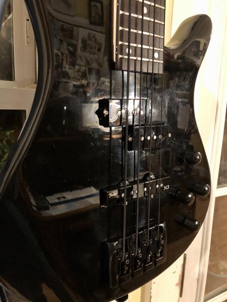 Twenty-four frets, genuine Fender pickups, and a heavy mass, string-thru bridge!